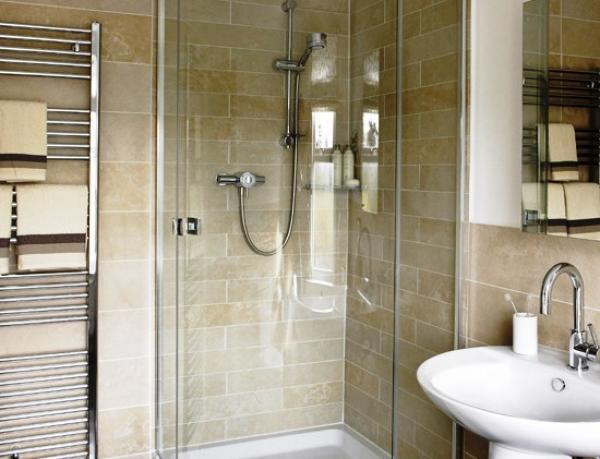 маленькая ванная комната 3 кв метра дизайн фото с душевой кабиной 2