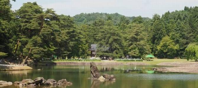 世界遺産毛越寺の庭園風景