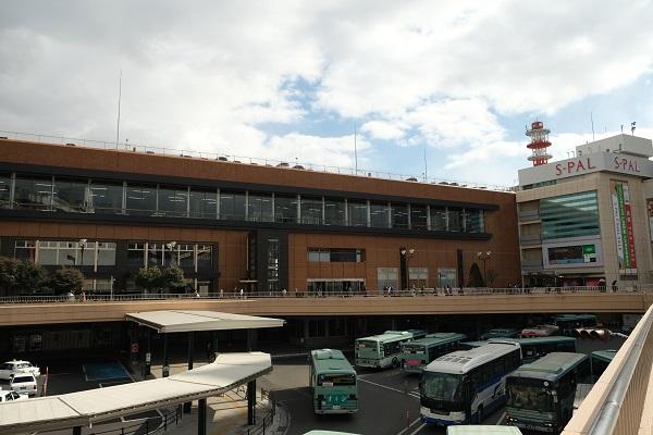 仙台駅西口のバス乗り場の風景写真2