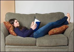 reading_couch_web1207