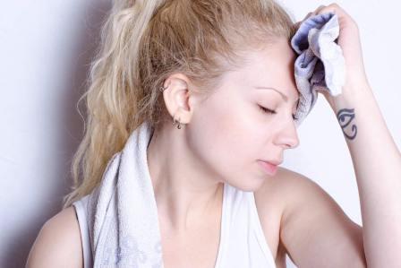 体に悪影響で逆に臭くなる!?制汗剤を使いすぎてはいけない3つの理由