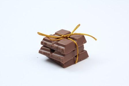 母親だけ…バレンタインデーにチョコレートを貰えない男子の特徴4選