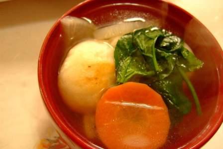 お正月料理の定番!簡単で美味しいお雑煮のレシピと作り方のコツ3選
