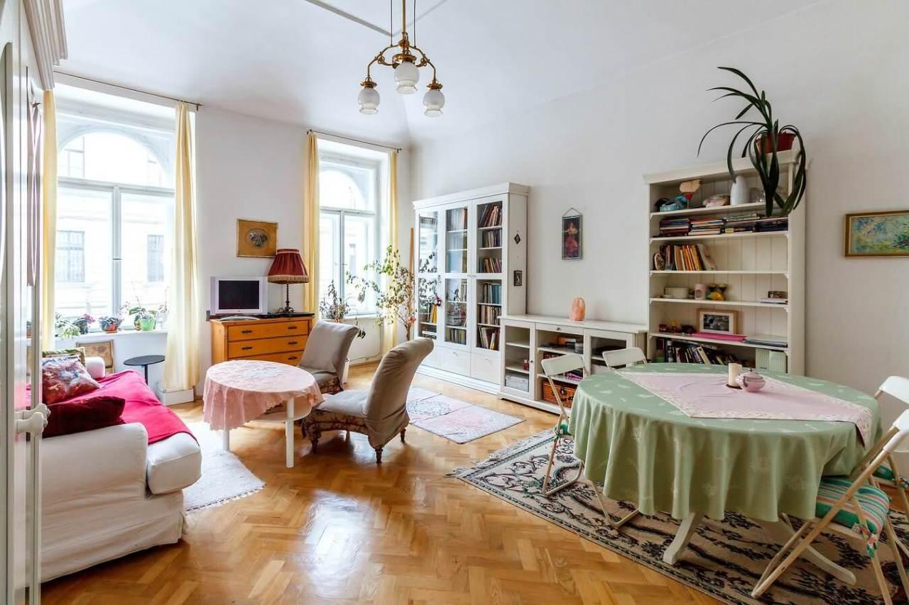インテリアの色や配置がポイント!おしゃれできれいな部屋作りのコツ5選