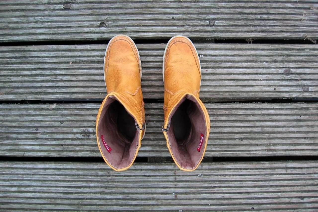 雨の日の対処・手入れ!濡れた靴をなるべく早く乾かす方法・コツ5選