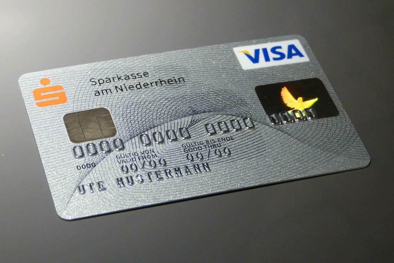 実は便利でお得に使える!クレジットカードで決済をするメリット3選