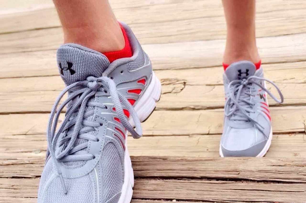 痛い!ジョギングやウォーキングでの足の指や爪の血豆の予防対策4選