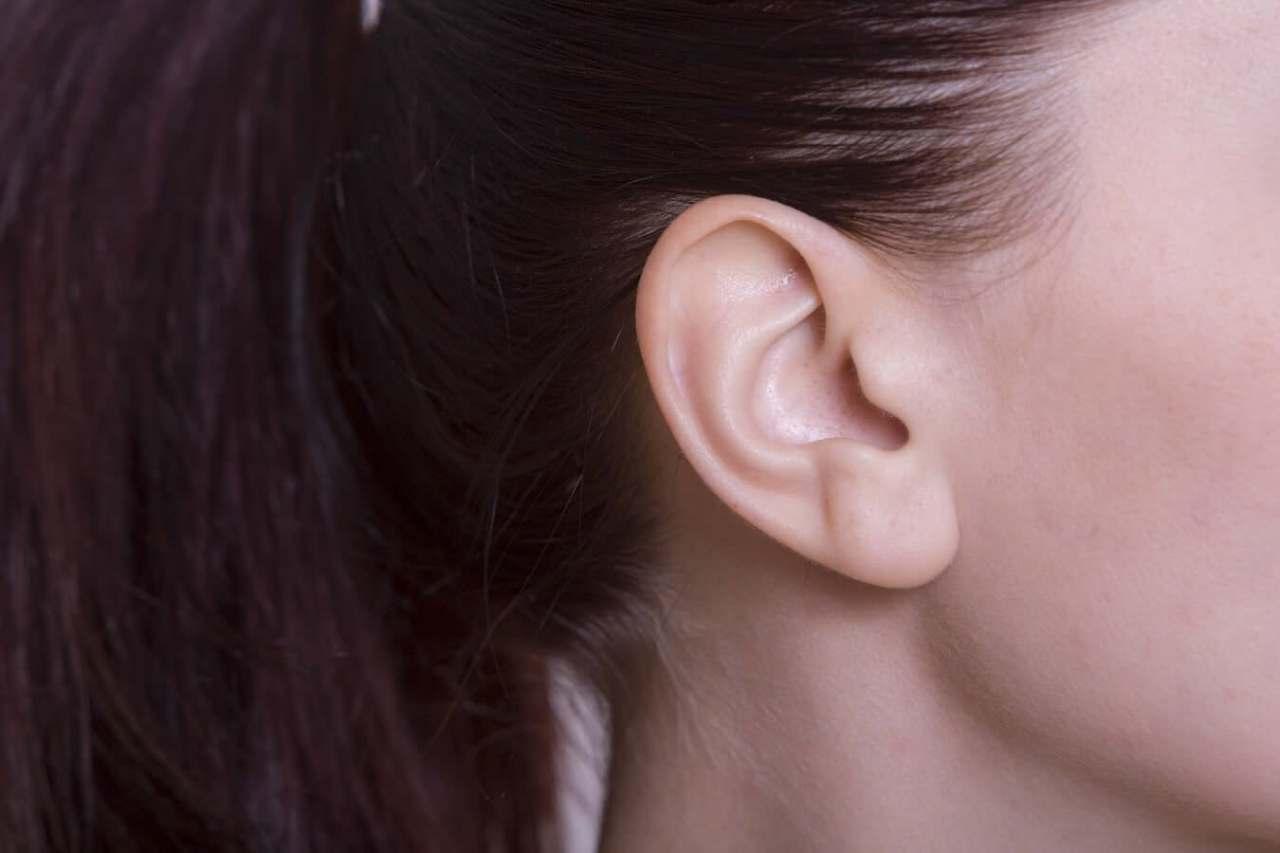 産後の薄毛が治らない!出産で髪の毛が薄くなって抜ける原因と改善対策