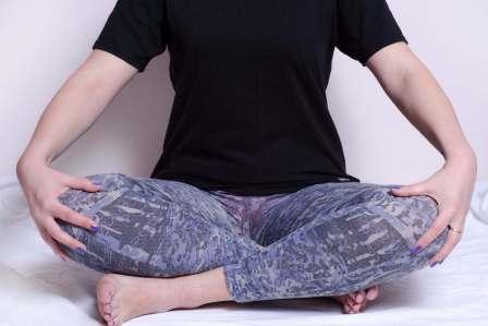 太ももやお尻を意識!下半身を伸ばす効果的なストレッチ方法3選