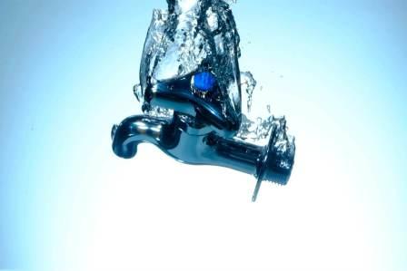 破裂を防ぐ!水道の蛇口の凍結を防止するための対策方法3選