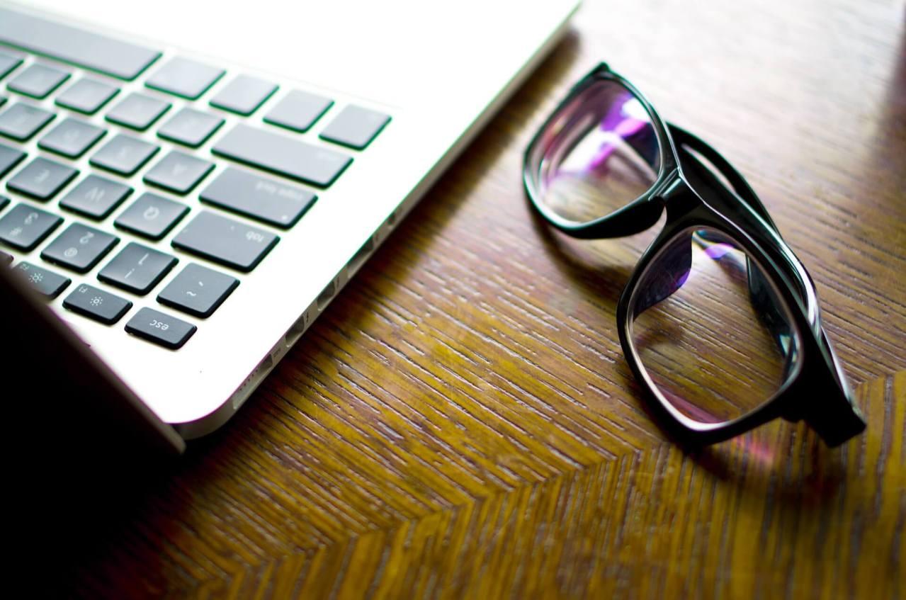 転職は在職中と退社して仕事を辞めてからのどっちがいい?できれば在職中がおすすめ