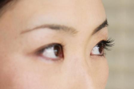 ミスって変な形に!眉毛の手入れ・カットに失敗したときの対処法5選
