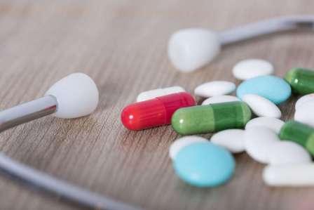 解消!サプリや薬の錠剤が喉に詰まって違和感があるときの対処法4選