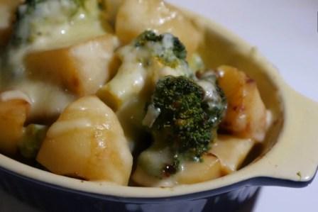 トースターで簡単!じゃがいもとブロッコリーの味噌チーズ焼きの作り方・レシピ