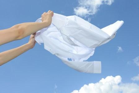 洗濯物の衣服がティッシュまみれになったときの対処法や取り方5選