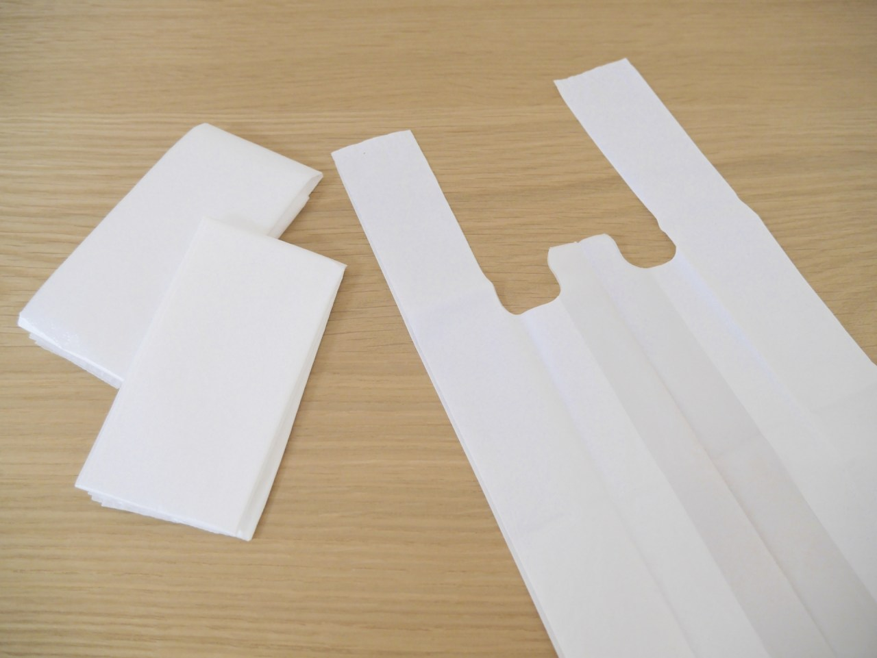 スーパーのビニール袋をためておきたい!レジ袋の収納方法やアイデア5選