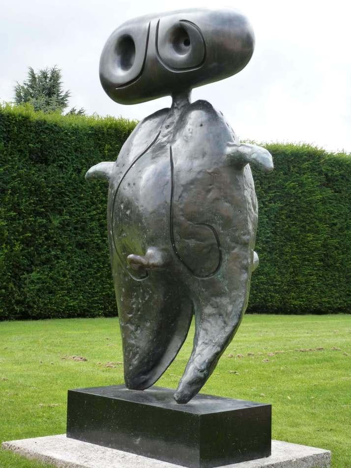 Жоан Миро персонаж скульптура