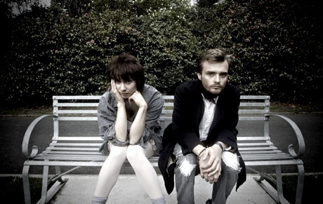 EXETER FRINGE: Owdyado Theatre raises the benchmark in their two-person play About A Bench