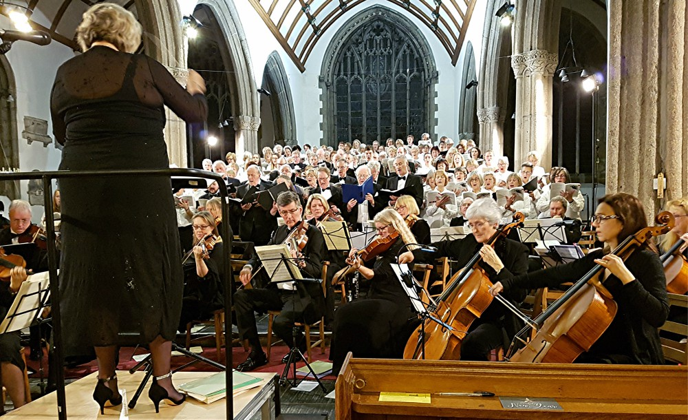Gusto and enthusiasm from choir with highly praised contribution from the orchestra: Uni of Plymouth Choral Society at Minster Church of St Andrew