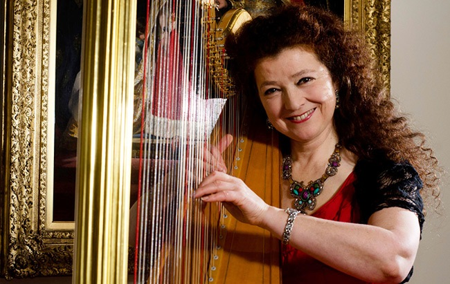 Sparkling harp recital from Elizabeth-Jane Baldry at the Duke of Cornwall Hotel, Plymouth