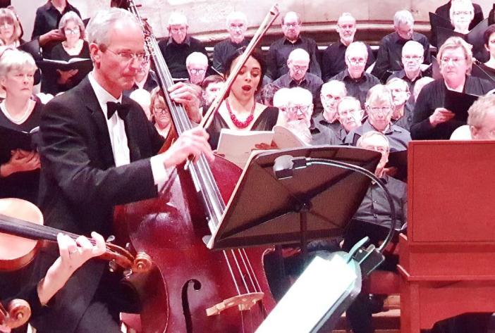 Dartington Community Choir and Sinfonietta create new Christmas memories