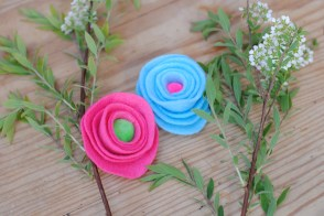 Pink, blue, white blooms