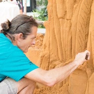 Vitamin O: Sand Sculptor Damian Hoffman