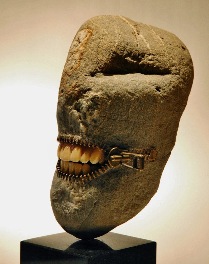 Range of Arts- Sculpture - Hirotoshi Ito - Laughing Stone VI