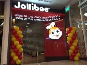 Balloon columns for Jollibee Singapore balloon decoration