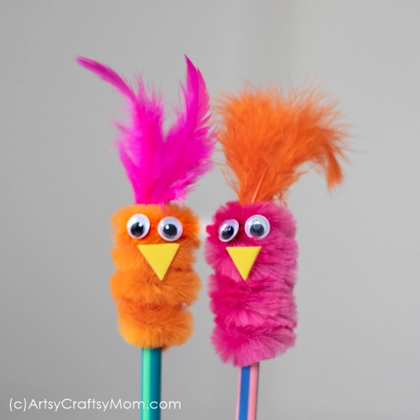 Add spunk, color and loads of cuteness to your kids' pencils. This pipe cleaner pencil topper bird craft is an absolutely adorable accessory.