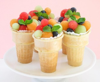 Yummy-Tummy-Wednesday-Fruit Salad & Fruit Popscicles