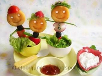 Edible puppets - Potato men