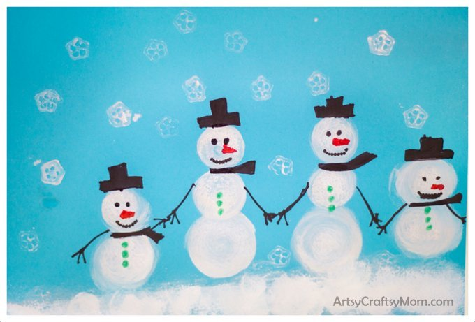 Homemade Christmas wrapping paper_ Sponge Stamped Snowman Craft