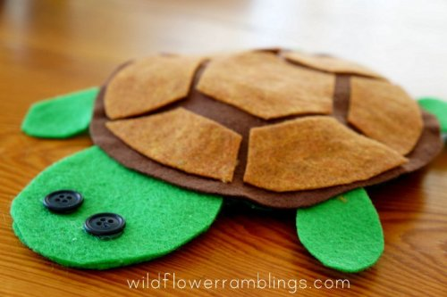 Turtle Crafts for Kids: Ideas to make turtles & tortoises with ... | 333x500