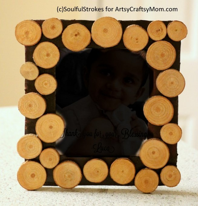 8 Creative and Inspiring Twigs and Branches DIY Projects - Bring fall indoors with simple DIY Photo Frames, Planters, Wall art, nameplate, even a key holder. Perfect for Fall.