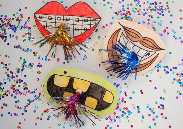 Ring in the New Year with a blast! Here are some DIY New Year's Eve Party Ideas for kids that look great, are simple to make and easy on the pocket too!