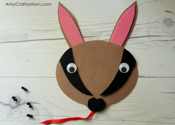 Make this adorable N for Numbat Craft using our Printable Template that's perfect for studying about endangered animals, Australian wildlife, or as a Letter N activity.