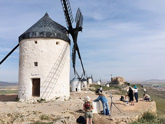 The group painting in La Mancha
