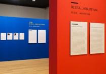 Placas de texto e biografia dos artistas - CCBB-RJ