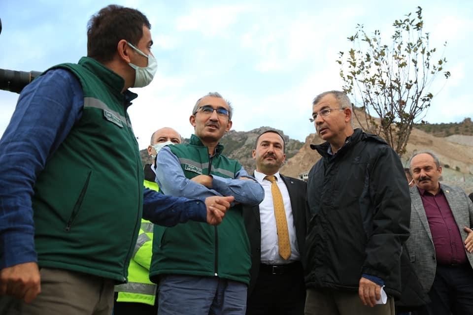 DSİ Genel Müdürü Yıldız, Yusufeli Barajı ve yeni yerleşim yerinde incelemelerde bulundu