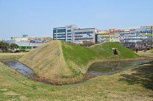 朝鮮半島南部の前方後円形墳