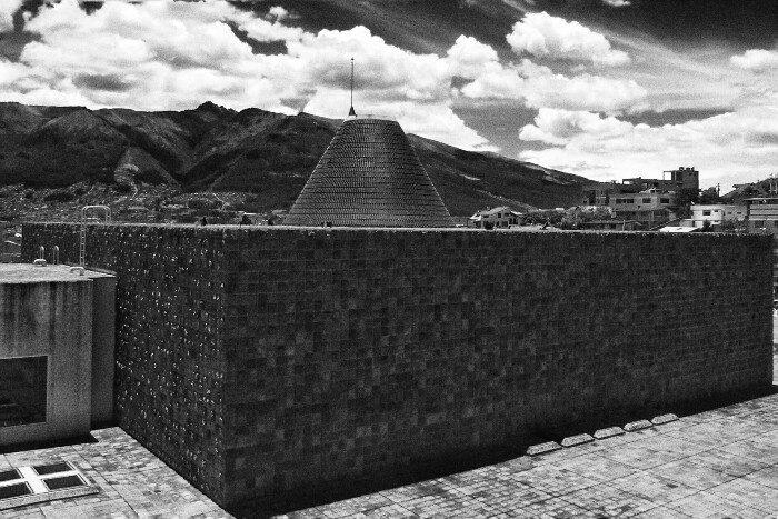 Gizonaren Kapera (Guayasamin). Quito.
