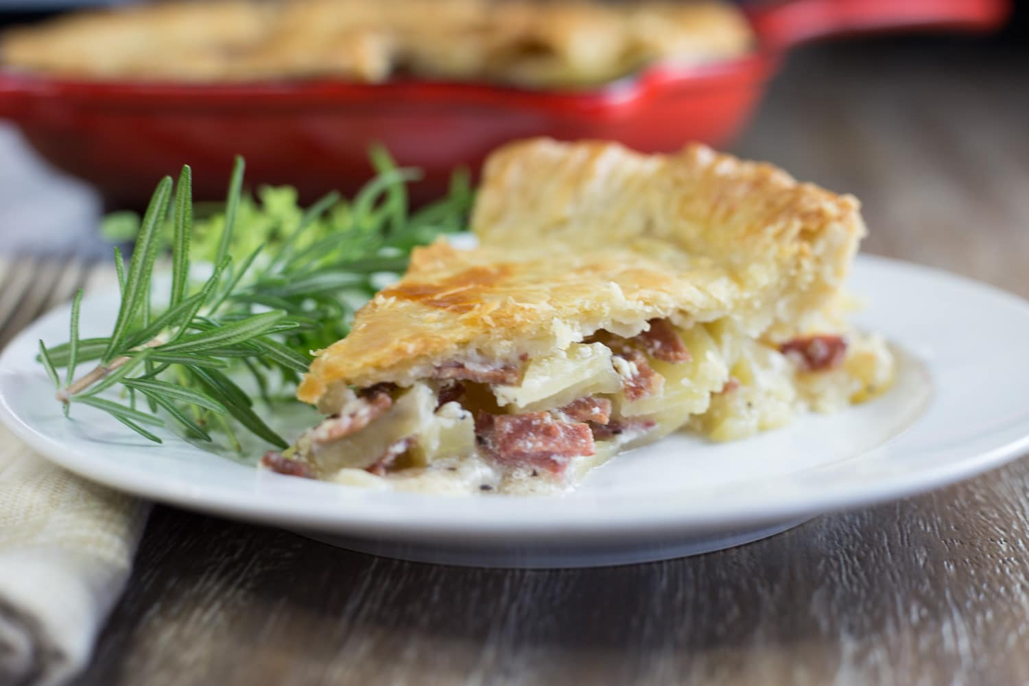 My, oh my! You're going to love potato bacon pie! |artzyfoodie.com|