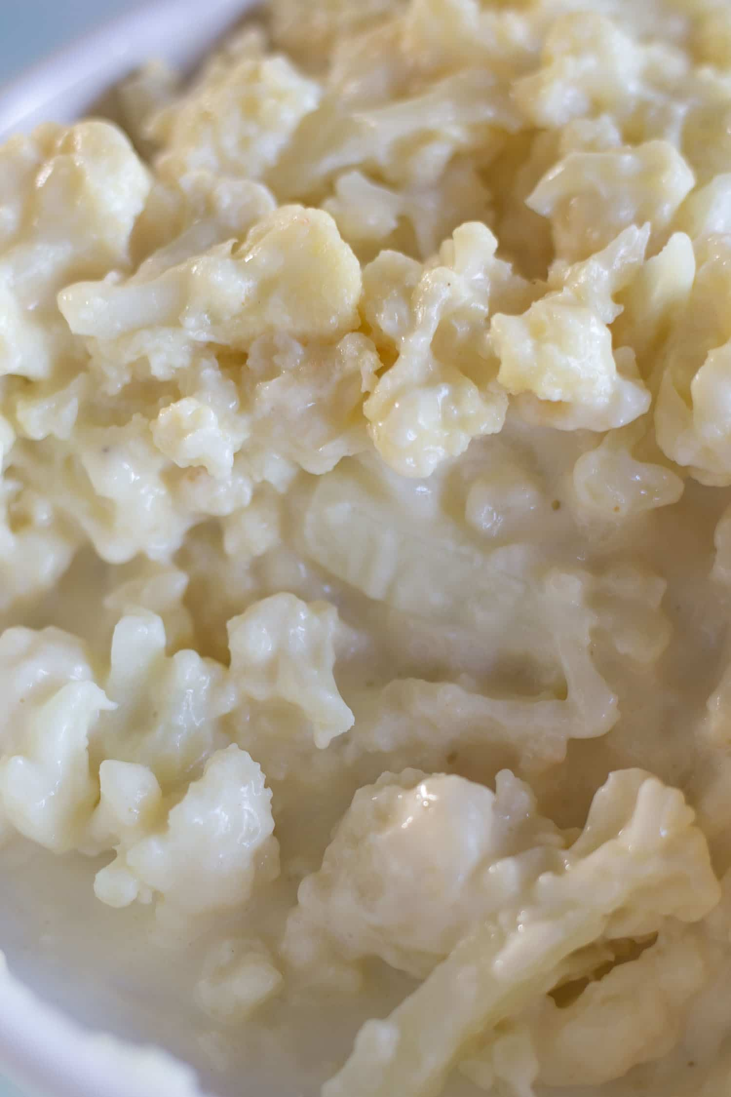 Creamy cauliflower is a tasty substitute for mashed potatoes! |artzyfoodie.com|