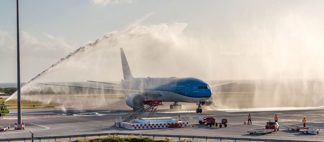 KLM Royal Dutch Airlines delivers first COVID-19 vaccines to Aruba