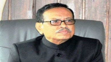 Photo of Arunachal governor hoists Tricolour, calls for corruption-free Admin