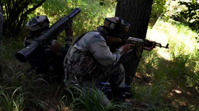 India Army Gunned Down Four Terrorist, Lost one Havaldar in Naugam Sector