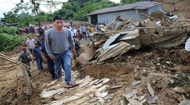 Bhalukpong Landslide: Pul Visits Sites, Distributes Ex-gratia Relief
