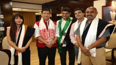 Photo of Khandu assured his Support to Vodafone for its Expansion in the State