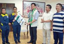 Photo of Khandu flagged off the All-Women Mt Gorichen Expedition